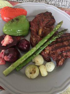 Havskatt, entrecôte och grönsaker