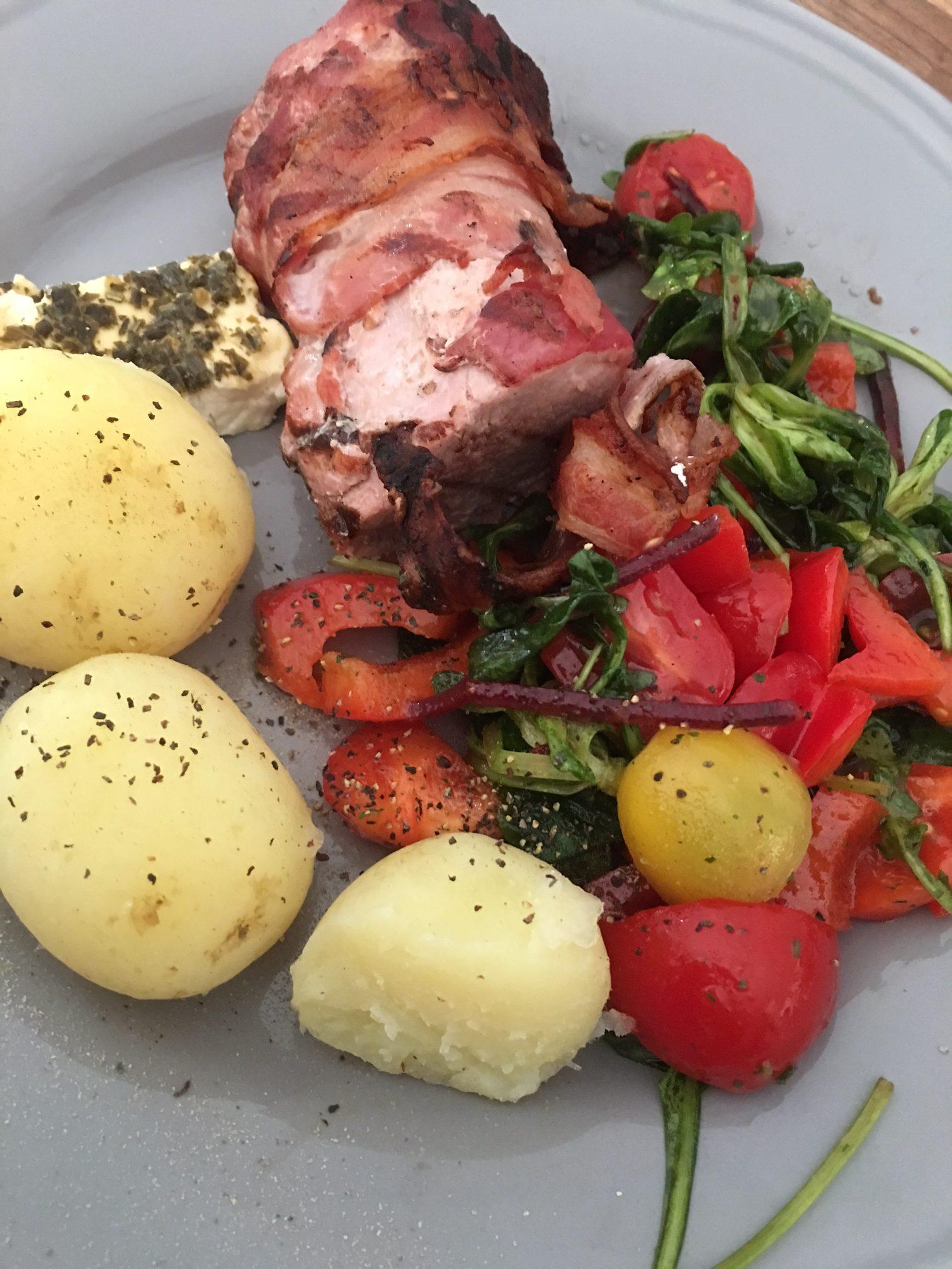 Grill på nationaldagen – Baconlindad fläskfilé och havskatt
