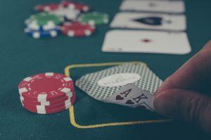 Vad är roligast, datorspel eller casinospel?