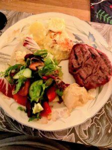 Grillad oxe och potatisgratäng